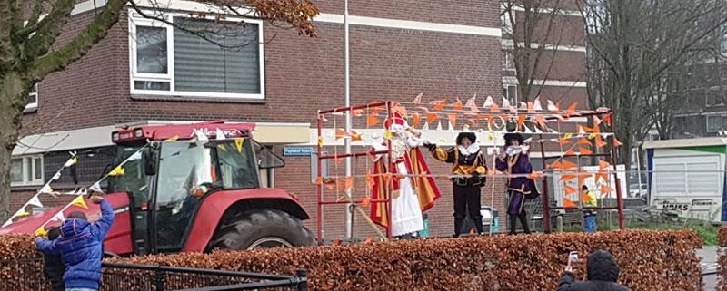 Sinterklaas op de Poptahof